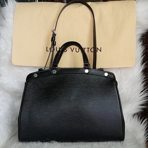 Louis Vuitton Brea Black Epi MM
